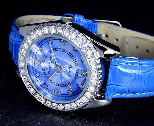 excellanc uhr damenuhr armbanduhr leder strass blau im perlmutt design ebay. Black Bedroom Furniture Sets. Home Design Ideas
